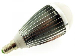 LED spuldze 7W 220V 3500K 400663