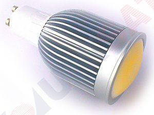 LED spuldze 8W 220V 3500K 400507